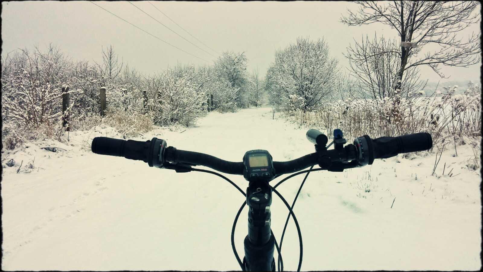 Śnieg na rowerze